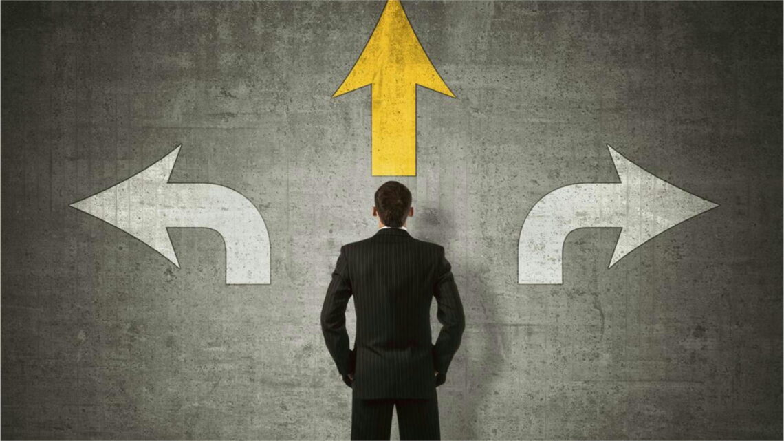 Bu nedenle, bu gibi durumlarda, mükemmel karar verme becerisi gibi bir beceriye sahip olmak zorunlu hale gelir.