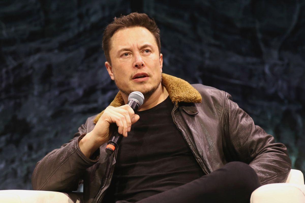 """""""Onun gerçekleşmesini izleyebilir ya da bir parçası olabilirim."""" - Elon Musk"""