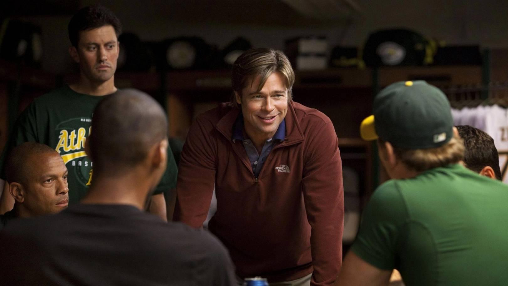 Girşimcilerin İzlemesi gereken filmler - 'Oakland A' beysbol takımının başındaki isim olan Billy Beane (Brad Pitt), kısıtlı bir bütçe ile resmen yoktan bir takım var ederek zengin kulüplere meydan okuyor.