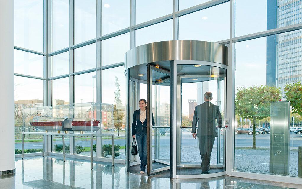Pazarlama ağı endüstrisindeki başarılı herhangi bir kişiyle konuştuğunuz zaman işlerinde bir döner kapı oluşturduklarını göreceksiniz.