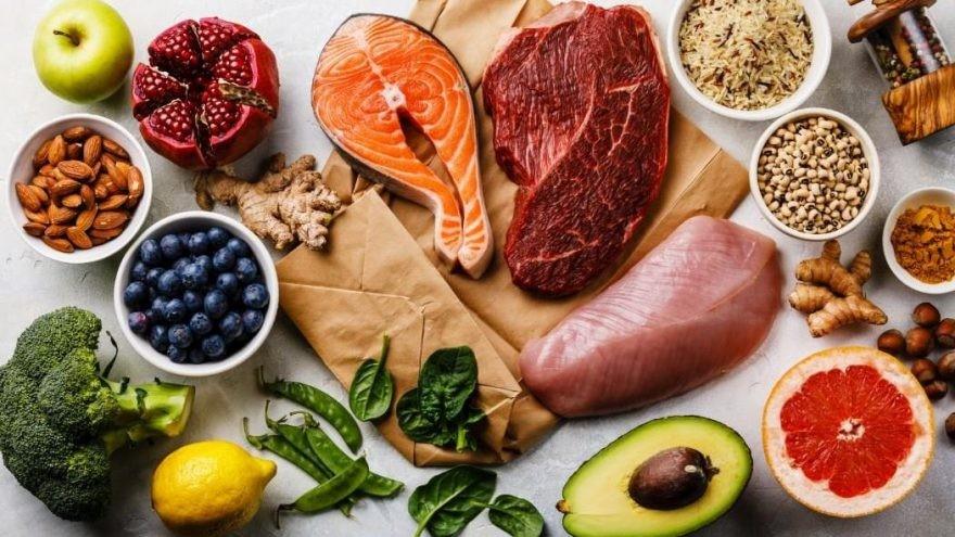 Güçlü bir bağışıklık sistemi için antioksidan özellikli A, C ,E vitaminleri olmazsa olmaz mikro besin ögelerimizdir.