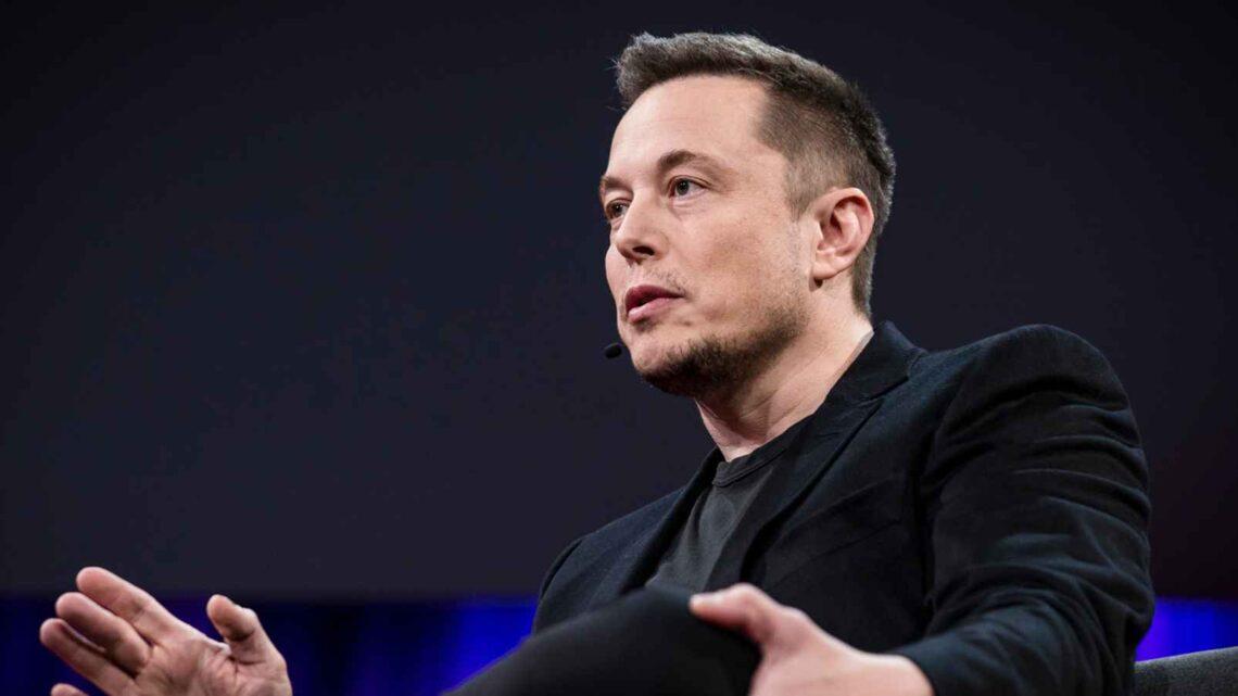 Elon Musk - Şaşırtıcı başarısı Musk'un Steve Jobs, Howard Hughes, Henry Ford ve Bill Gates ile karşılaştırılmasına neden oldu.