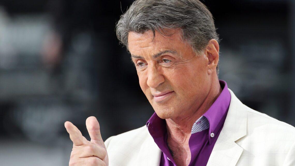 Sinema tarihinin korkusuz savaşçısı Sylvester Stallone'nin motivasyonunuzu tavan yaptıracak sözünü sizler için derledik.