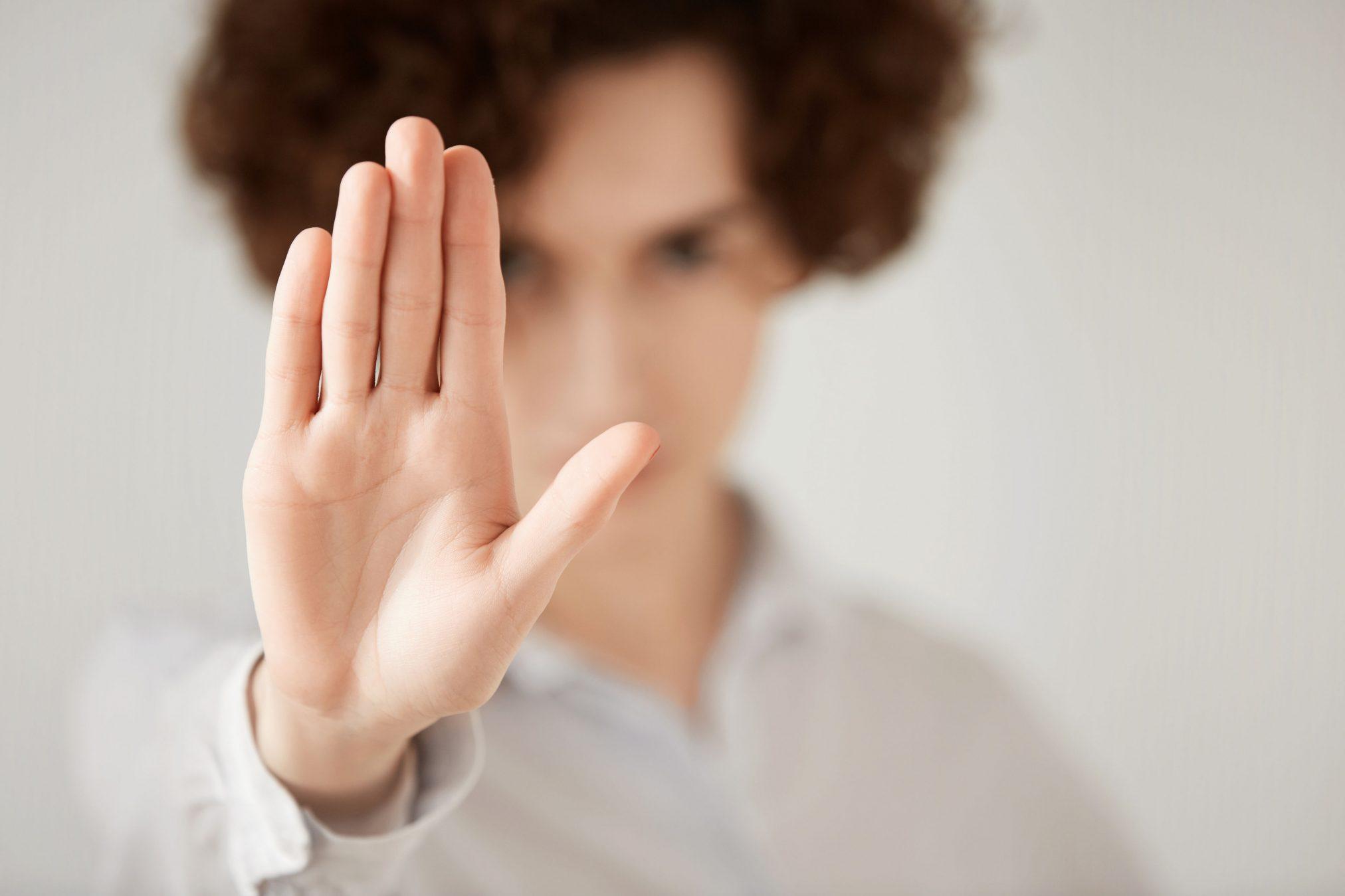 Öncelikli olarak sağlıklı bir şekilde ne istediğinizi bilmelisiniz ve çeşitli farkındalıklarda kazanmalısınız.