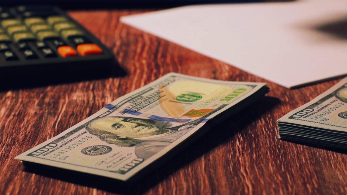 Bütçeleme, ay başlamadan önce bir amaç için harcama yaptığınız anlamına gelir.