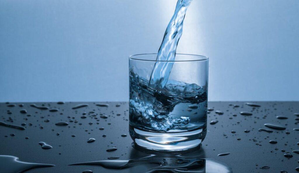 Dünyanın ve vücudumuzun 4'te 3'ünü oluşturan, biyokimyasal işlevleriyle bizi hayrete düşüren su, burada da imdadımıza koşuyor.