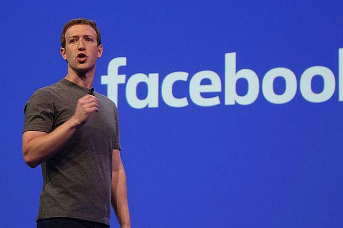 Mark Zuckerberg - Facebook ile kuruluş zamanında Harvard Üniversitesi öğrencileri arasında iletişim ve bilgi alışverişi için tasarlanmıştır.