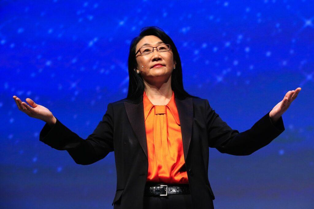 HTC Corporation'ın Başkanı ve Kurucu Ortağı Cher Wang, teknolojinin en güçlü, en başarılı kadınlar klasmanından biri olarak kabul ediliyor.