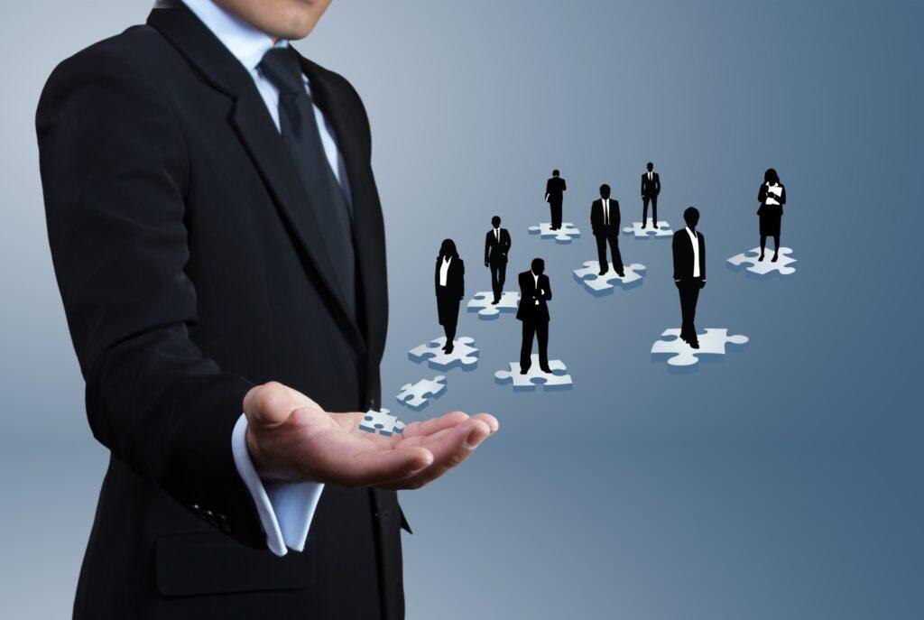 Muhteşem bir yönetici olmak için bazı becerileri edinmenizde fayda vardır.