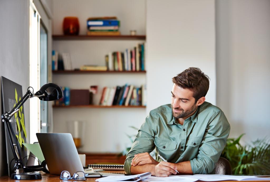 Çoğu takım eş zamanlı çalışma yapmak üzere eğitilmiş ve aynı ofise yerleştirilmiştir.