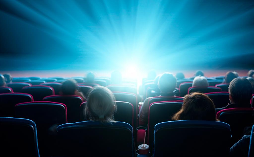Kişisel gelişim filmleri, gerçek hayatta yaşanmış deneyimleri insanların beğenisine sunar.