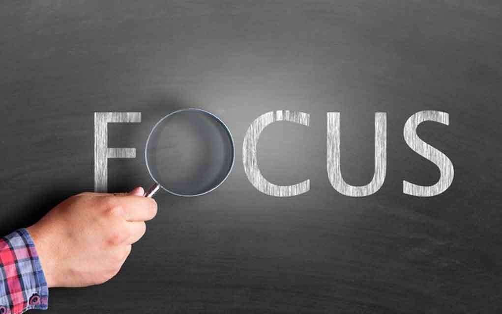 Belirli hedefler, gün içinde ve gün dışında bir sonraki adımlarınıza odaklanmanıza yardımcı olur.