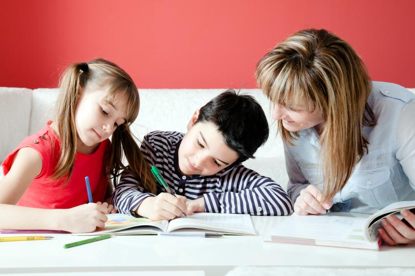 Tüm ödevleri bir seferde denemek ve yapmak cazip gelse de, beyin mola vermeden odağı kaybedebilir (özellikle genç öğrenciler için).