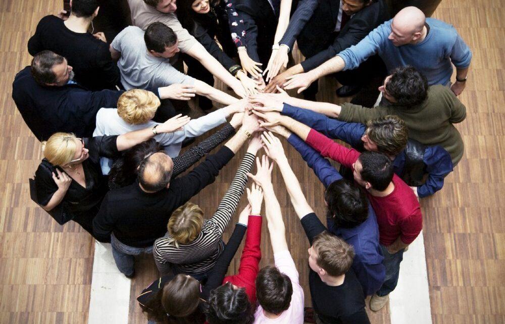 Takım yönetimi, bir yöneticide gerekli olan en temel becerilerden biridir.