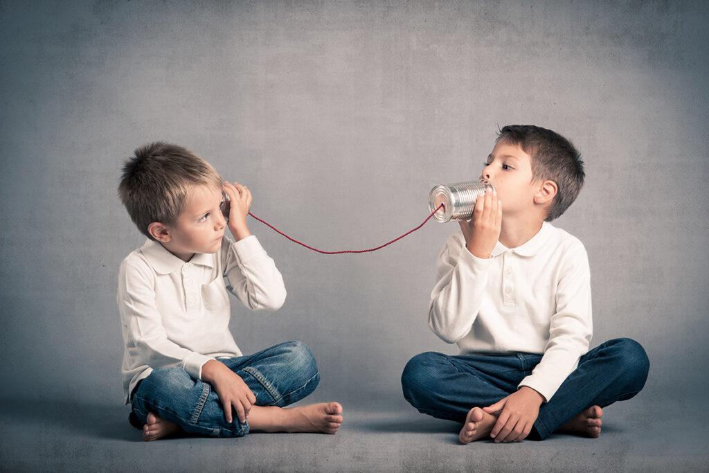 Başka bir kişiyi konuşmaya dahil ederken, gerçekten söylediklerini dinleyin.