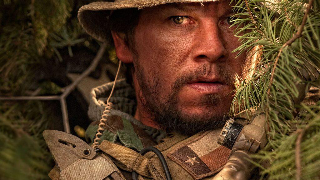 Son Kalan - Peter Berg'ün yönettiği 2013 yapımı bu film 2005 yılında Taliban lideri Ahmed Shad'ı ele geçirmek üzere yapılan Red Weding adlı operasyonu ve bu operasyonda SEAL ekibinin çektiği zorlukları konu alıyor.
