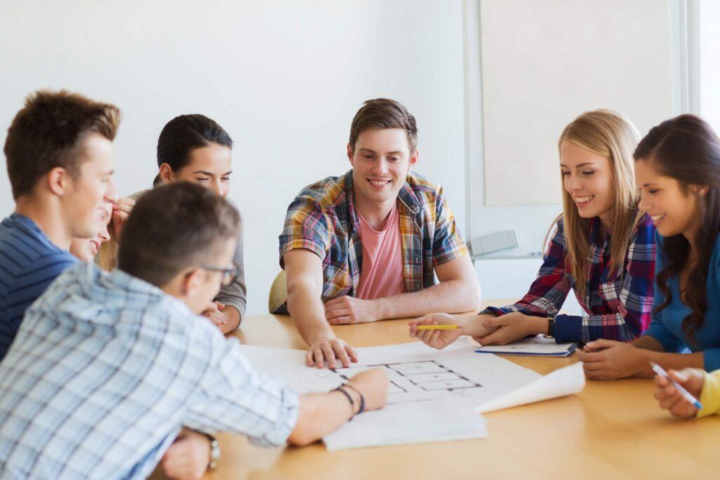 Doğrudan satış ekibinizin başarıya ulaşmasına nasıl yardımcı olursunuz? Konusunda yapabileceğiniz 10 şeyi paylaşacağız.