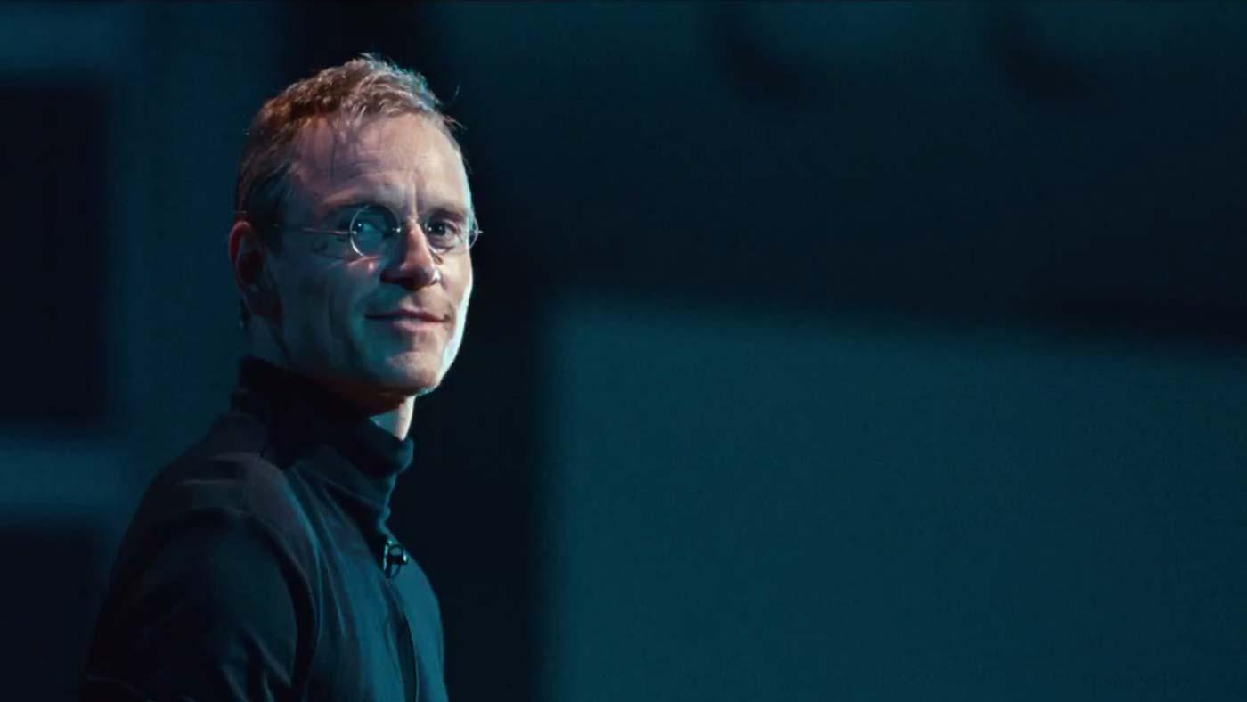 Film önerileri - Steve Jobs, merkezindeki adamın portresini çizmek için bizi dijital devrim sahnelerinin arkasına götürüyor.