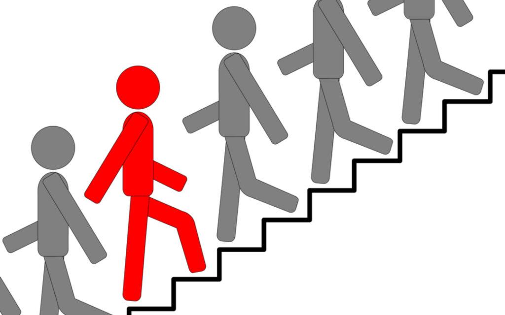Başarıya giden yolda önümüze çıkan en büyük engeller dışarıdan değil bizzat kendi içimizden gelir.