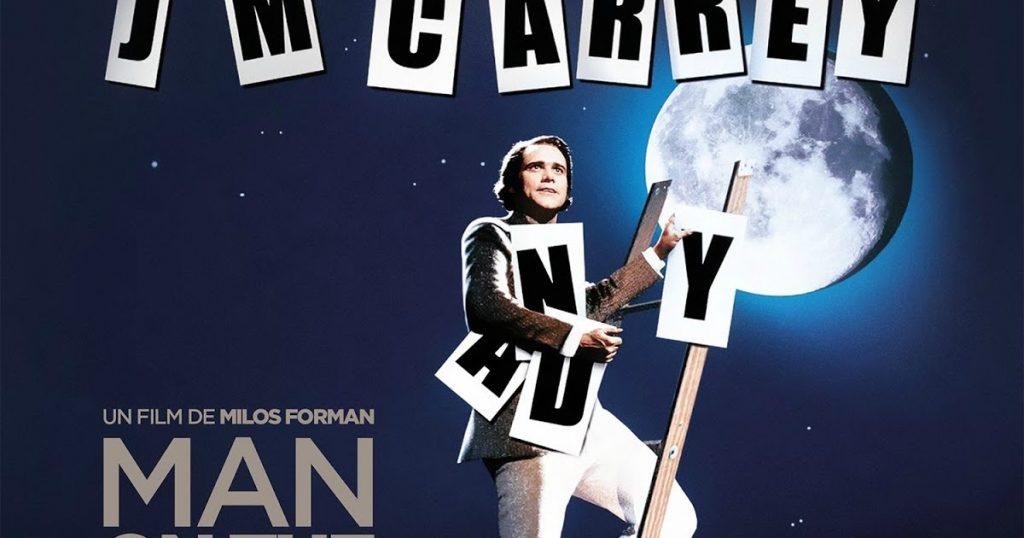 Aydaki Adam - Milos Forman yönetmenliğinde 1999 yılında vizyona giren ve Jim Carrey'nin başrolde olduğu bu film, 1984'te hayatını kaybeden Andy Kaufman'ın hayatını ve ABD'nin en ünlü komedyenlerinden olma yolundaki başarı hikayesini anlatıyor.