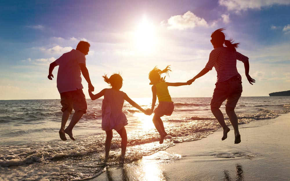 Mutlu anılar yaratabilen, birbirinizi daha iyi tanımanıza yardımcı olacak ve dünyayı yeni şekillerde deneyimlemenize yardımcı olacak eğlenceli aktiviteler var.