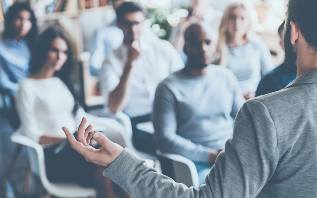 Network marketing milyonerinden tavsiyeler arasında en önemli konulardan biri de uzmanlaşmaktır.