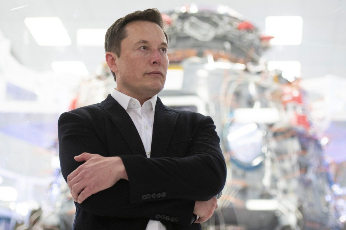 Her zaman bir şeyleri nasıl daha iyi yapabileceğinizi düşünün ve kendinizi sorgulayın. - Elon Musk