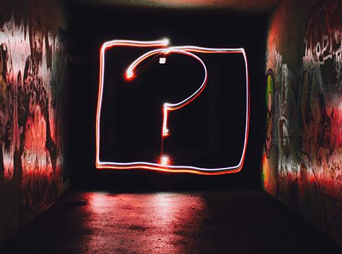 Anahtar nokta sormak ve ne isteyip ne istemediğini anlamak.