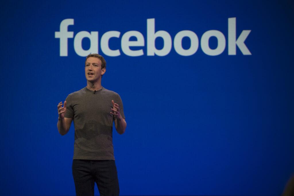 Aynı tutku, Facebook'un sürekli olarak yenilik yapmasını ve yoluna çıkan her engelin üstesinden gelmesini sağladı.Aynı tutku, Facebook'un sürekli olarak yenilik yapmasını ve yoluna çıkan her engelin üstesinden gelmesini sağladı.
