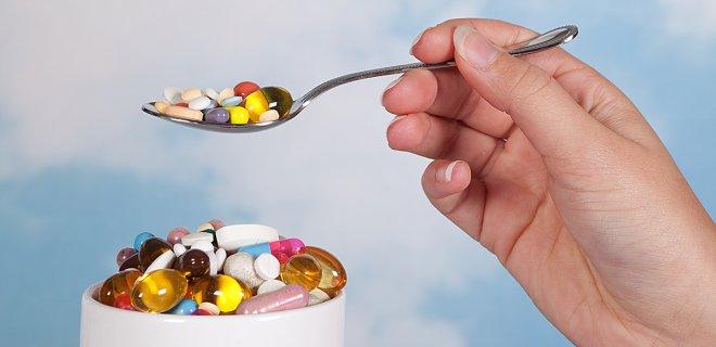 Yetersiz veya düzensiz beslenme vitamin-mineral yetersizliğine, bağırsak sorunlarına, ruh sağlığının bozulmasına, hormonel sistemin işleyişinin aksamasına, obezite, diyabet, hipertansiyon, kalp-damar hastalıkları gibi kronik hastalıklara neden olabilmektedir.