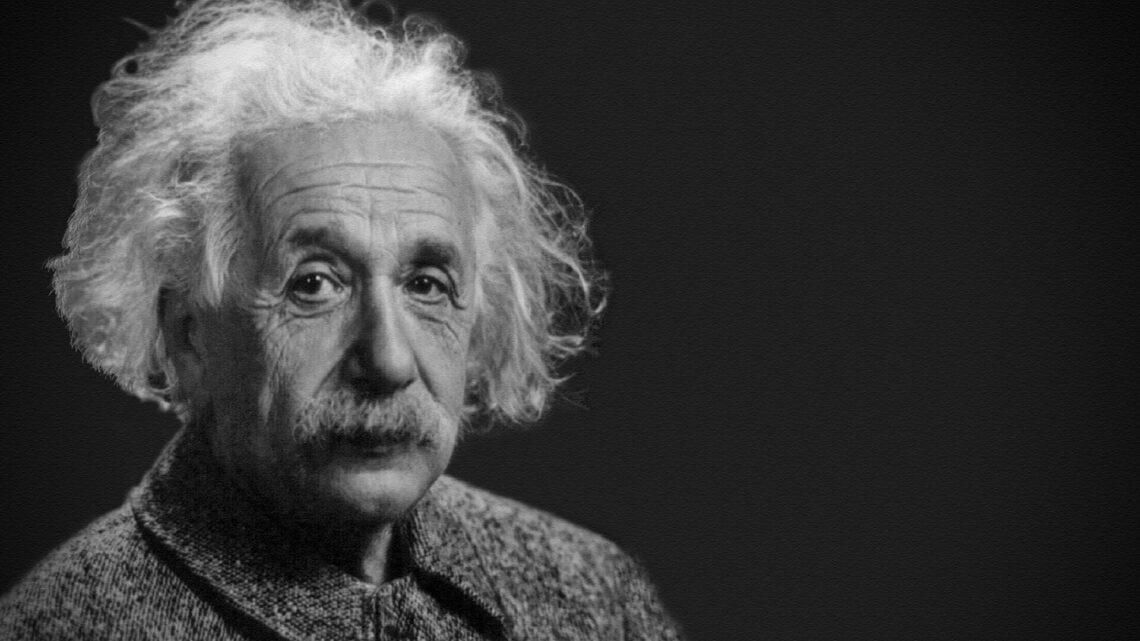 Einstein'ın Başarı Formülü - Yaşamı boyunca tüm insanlığa önemli bir adım attıran nadir insanlardan olan ünlü bilim adamı, başarı konusunda da bir formül bulmuştu.
