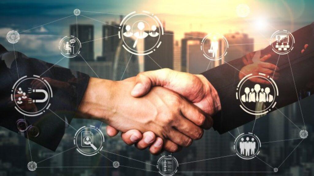 Networking eğitimi almanıza gerek kalmadan, networkingin kimlerle yapılacağını bilseniz başarıya ulaşabilirsiniz.