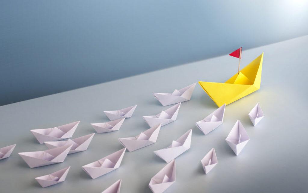 Özellikle kendinize lider diyorsanız, insanları etkileme gücünüz olduğu için doğru kelimeleri seçmelisiniz. Eğer
