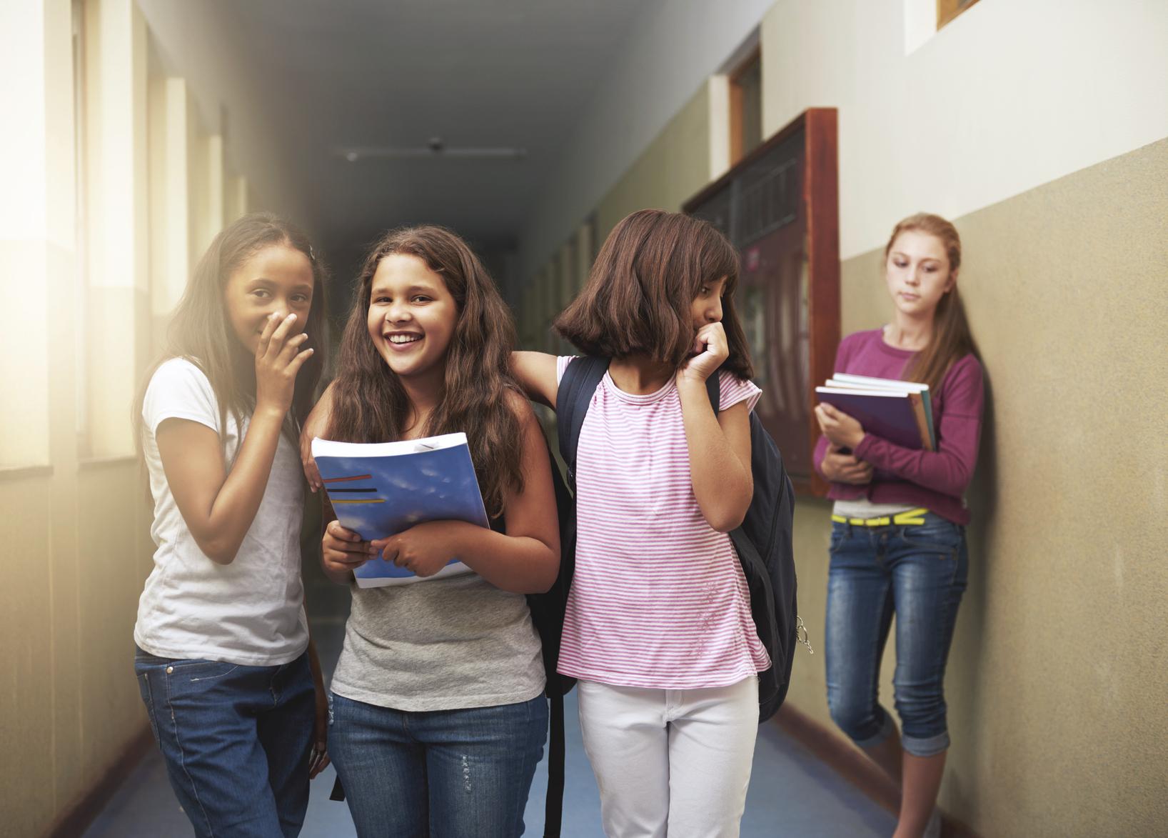 Sosyal fobi hastalığı, günümüze doğru iyice artmıştır.