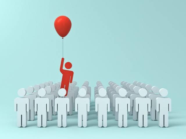 Yani kısacası firmalara ilk girenlerin avantajı olmadığı gibi bu sektör herkese eşit fırsatlar sunmaktadır