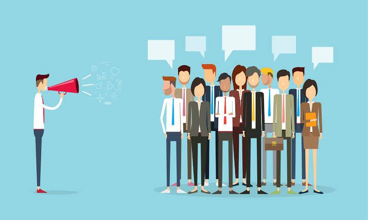 Kısacası, iyi bir konuşmacı olmak itibarınızı artırabilir, kendinize olan güveninizi artırabilir.