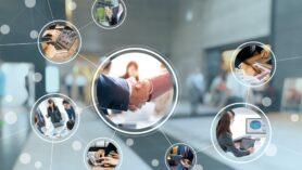 Her müşteriyi sizinle Facebook, Instagram ve Twitter gibi sosyal ağlarda bağlantı kurmaya davet edin.