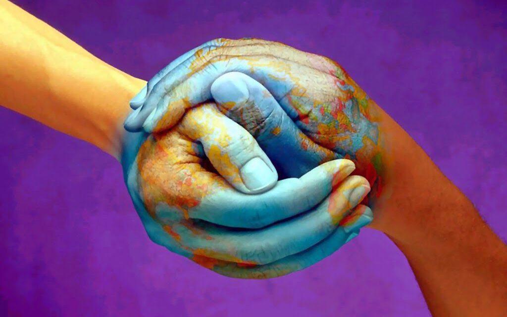 Empati Kurmak - İnsanların temel yeteneği iletişimi etkili kılabilmek için empati yeteneğimizin yüksek olması gerekir.