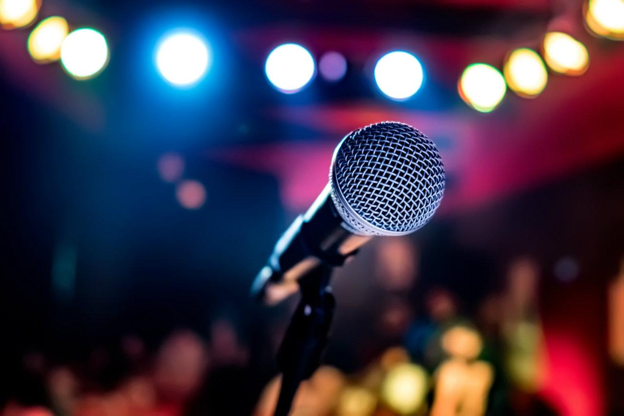 Karaoke gecesi sizin için benzersiz bir aktivite olacaktır.