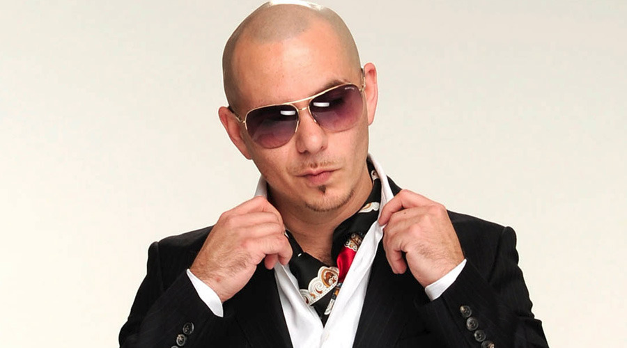 Pitbull, Kübalı bir ailenin çocuğu olarak Amerika'da dünyaya gelmiştir.