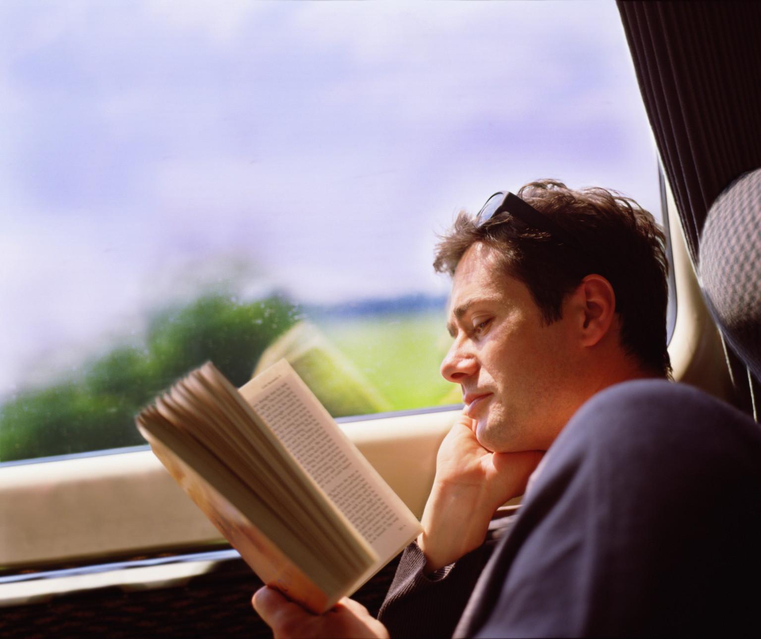 Okumayı seviyorsanız, ancak vaktiniz yoksa, sabah giderken otobüste veya bekleme odasındayken okuyun.