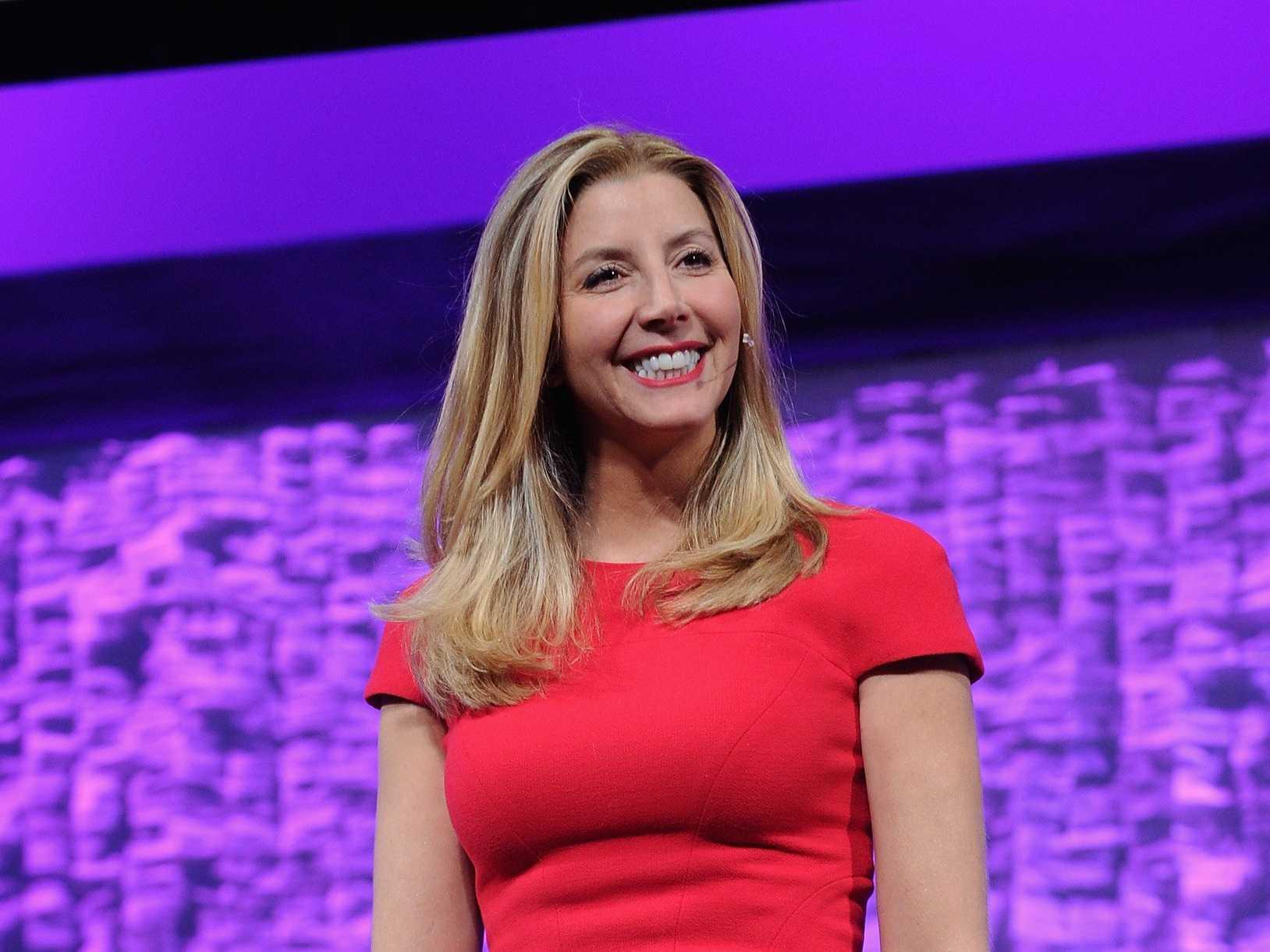 Sara Blakely - 2000 yılında Spanx iç çamaşır alanında kendini duyurmaya başlamıştır.