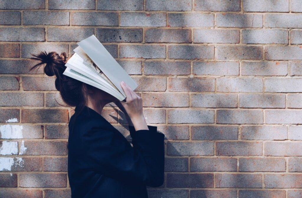 Günlük Öğrenmek - Şöyle düşünün: Günde on sayfa okumak, yılda ortalama 18 kitap demektir!