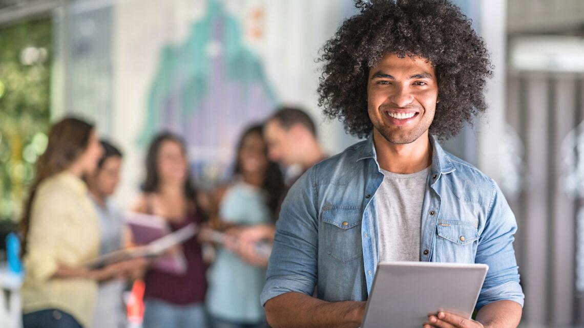 Kendi işine başlayan genç girişimciler bugünün küresel pazarında oldukça yaygın hale geliyor.